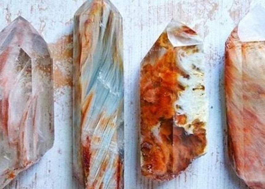 Crystal Castles: Γιατί η τάση των κρυστάλλων στη διακόσμηση είναι πιο δυνατή από ποτέ;   tlife.gr