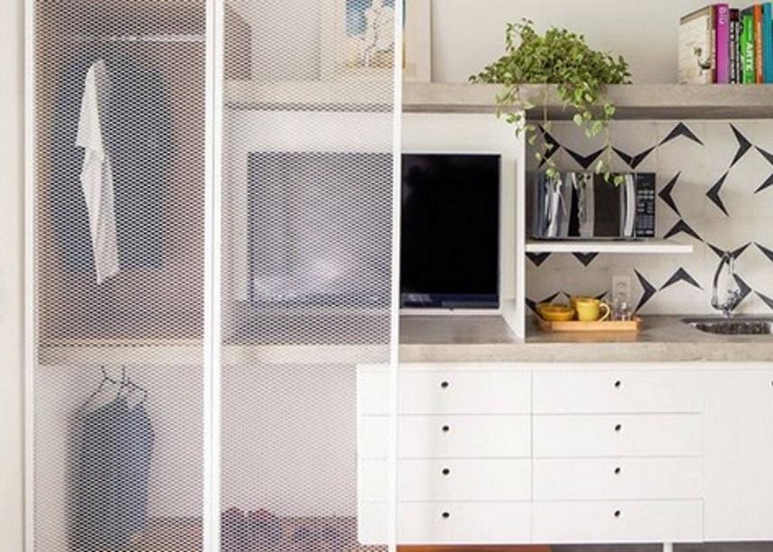 Ποια είναι η νέα τάση στη διακόσμηση και γιατί πρέπει να βγάλεις τα ρούχα σου από την ντουλάπα; | tlife.gr
