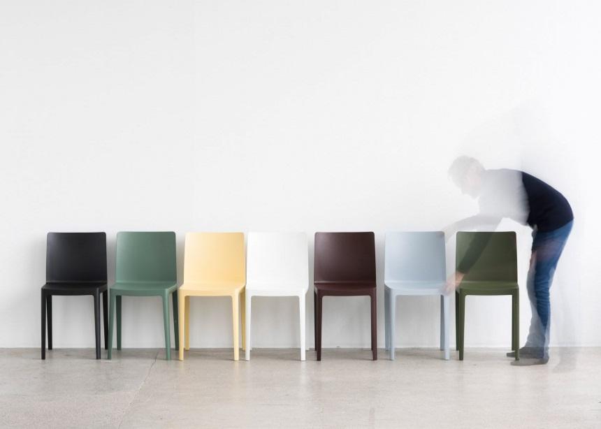 Μια καρέκλα τόσο απλή και stylish, όσο το λευκό t-shirt και το τζιν σου!   tlife.gr