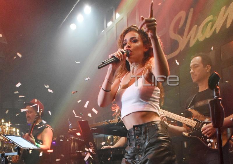 Ελένη Φουρέιρα: Τραγουδάει το Fuego στο Shamone και κάνει χαμό! video