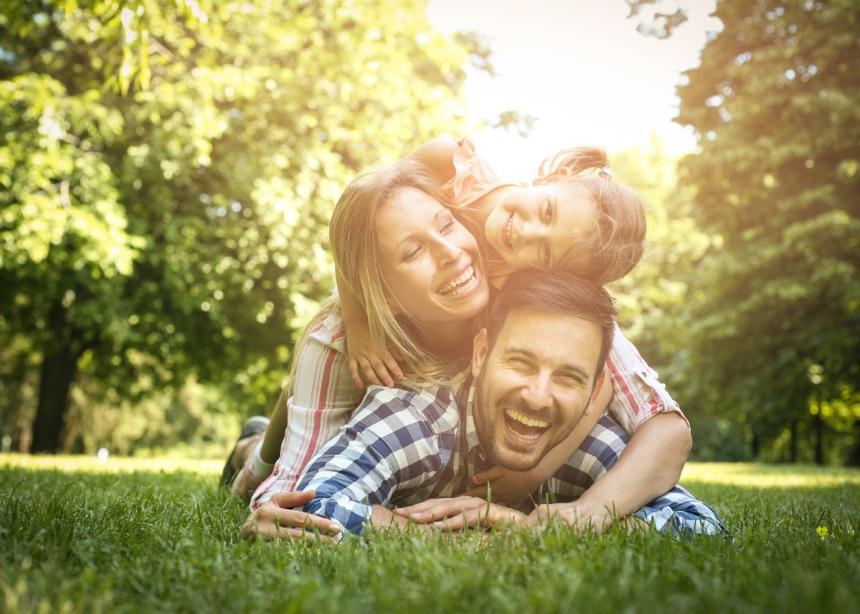 Παιδιά και φύση: Πες αντίο στα ενοχλητικά ζωύφια με αυτούς τους πέντε φυσικούς τρόπους!