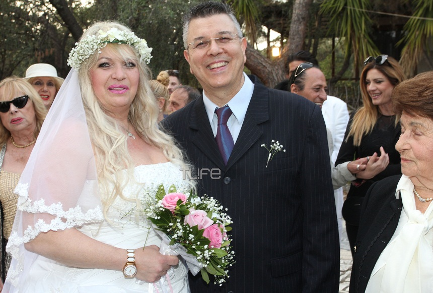 Δήμος Μυλωνάς – Φωτεινή Κωνσταντινίδη: Το άλμπουμ του γάμου τους! | tlife.gr