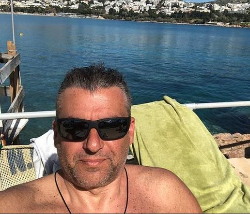 Γιώργος Λιάγκας: Έτσι περνά τ' απογεύματα με τον μεγάλο γιο του!   tlife.gr