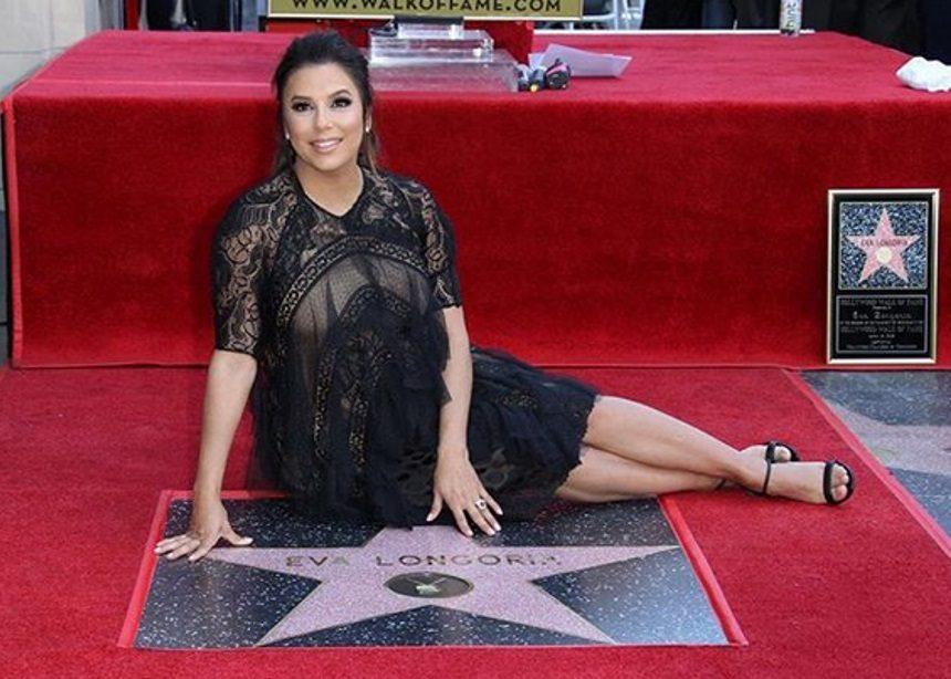 Eva Longoria: Η εγκυμονούσα ηθοποιός απέκτησε αστέρι στη Λεωφόρο της Δόξας | tlife.gr
