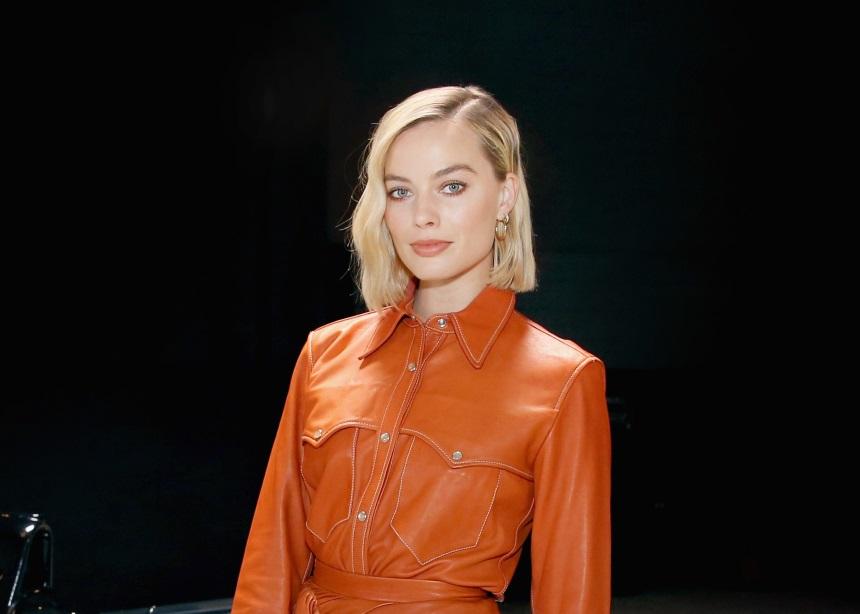 Η Margot Robbie φόρεσε total leather look και το αποτέλεσμα είναι απίθανο   tlife.gr