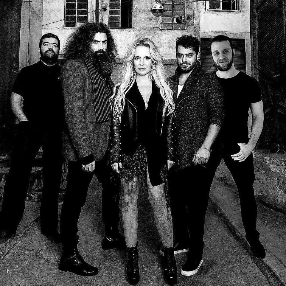 Μαρία Ανδρούτσου: Είναι σέξι όσο ποτέ και είναι πλέον rock τραγουδίστρια [pics,vid] | tlife.gr