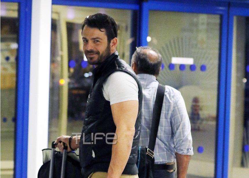 Γιώργος Αγγελόπουλος: Δεν μένει στιγμή στην Αθήνα! [pics] | tlife.gr