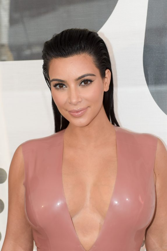 Η Kim Kardashian κατηγορείται ότι αντέγραψε την Pat McGrath! | tlife.gr