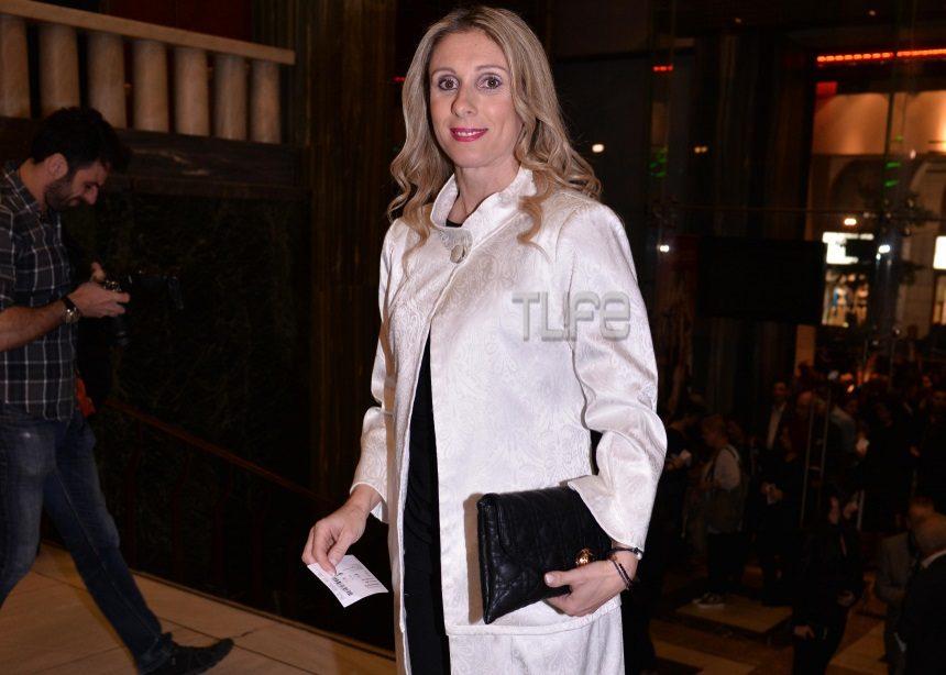 Κατερίνα Θάνου: Σπάνια βραδινή έξοδος στο θέατρο | tlife.gr