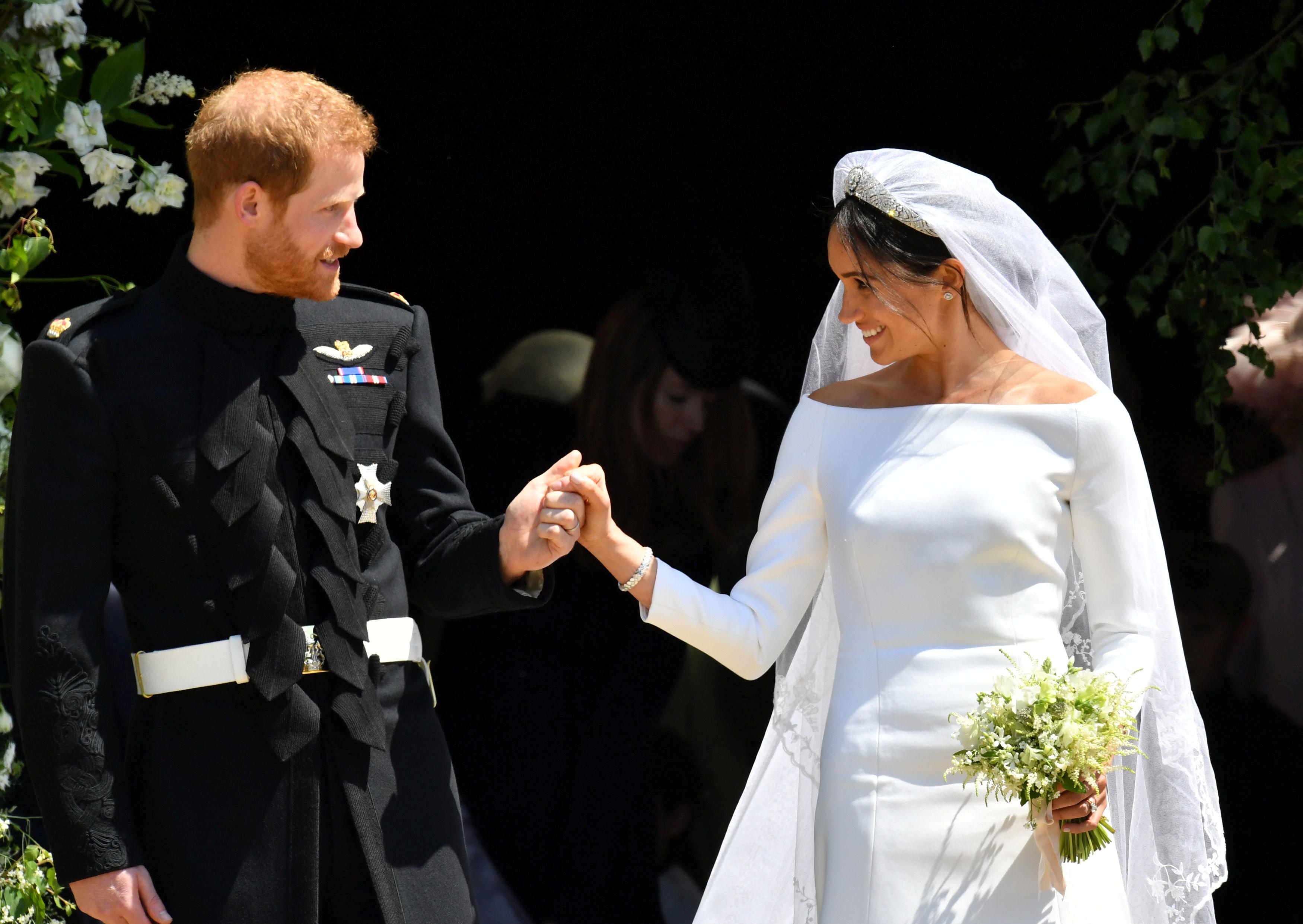Πρίγκιπας Harry – Meghan Markle: Εκατομμύρια άνθρωποι από όλο τον κόσμο παρακολούθησαν τον πριγκιπικό γάμο   tlife.gr
