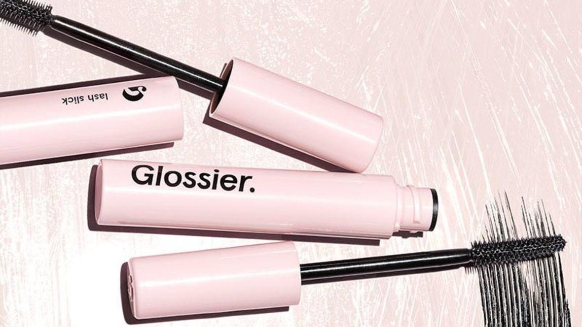 Τα Glossier έκαναν το πρώτο τους παράπτωμα (αλλά εξακολουθούμε να τα λατρεύουμε)! | tlife.gr