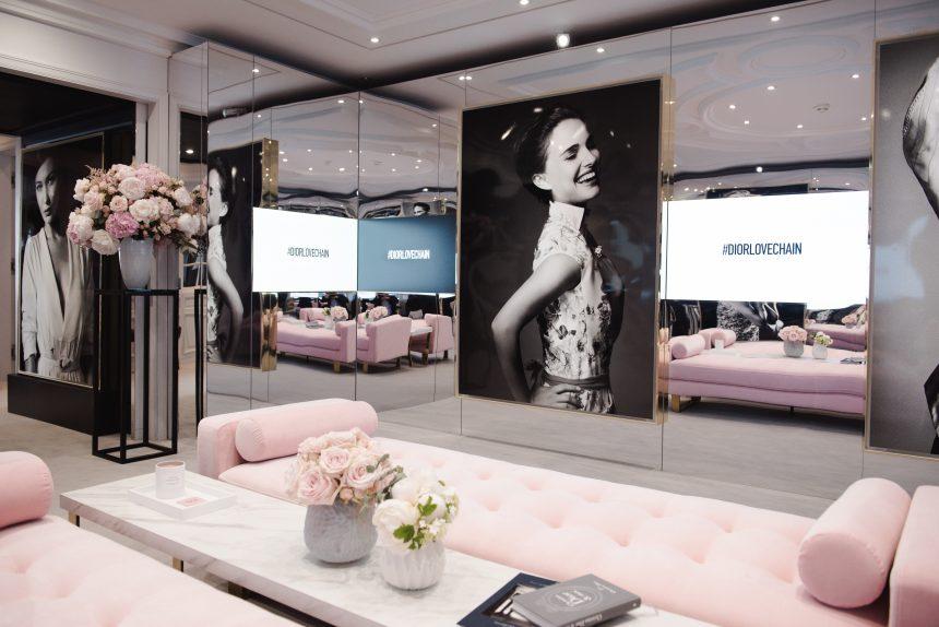 Σε ξεναγούμε στη σουίτα Dior όπου γίνεται το μακιγιάζ των διασήμων στις Κάννες! | tlife.gr