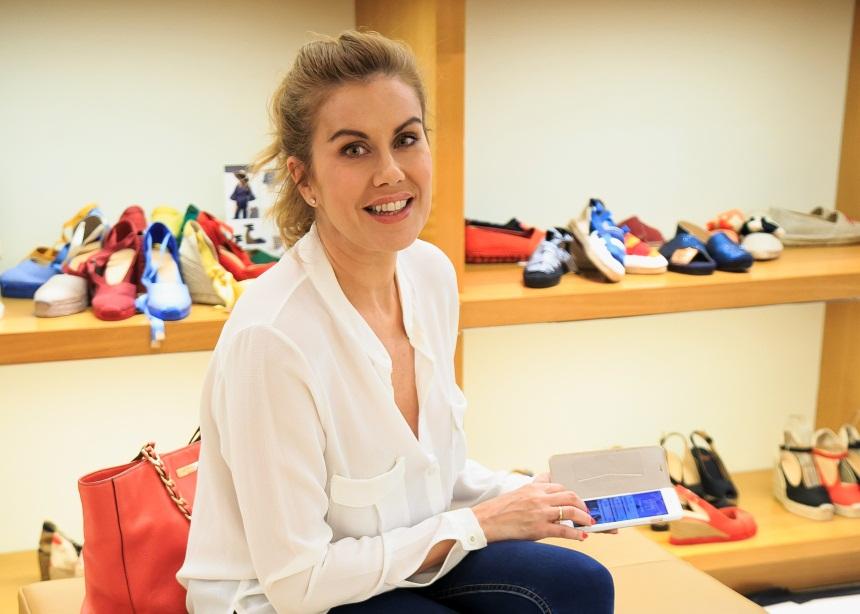 Ευγενία Μανωλίδου: Για ψώνια στην Κηφισιά με casual look! [pics]