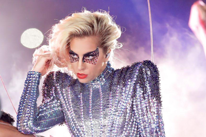 Η Lady Gaga ετοιμάζει σειρά καλλυντικών με τίτλο Haus Beauty! | tlife.gr