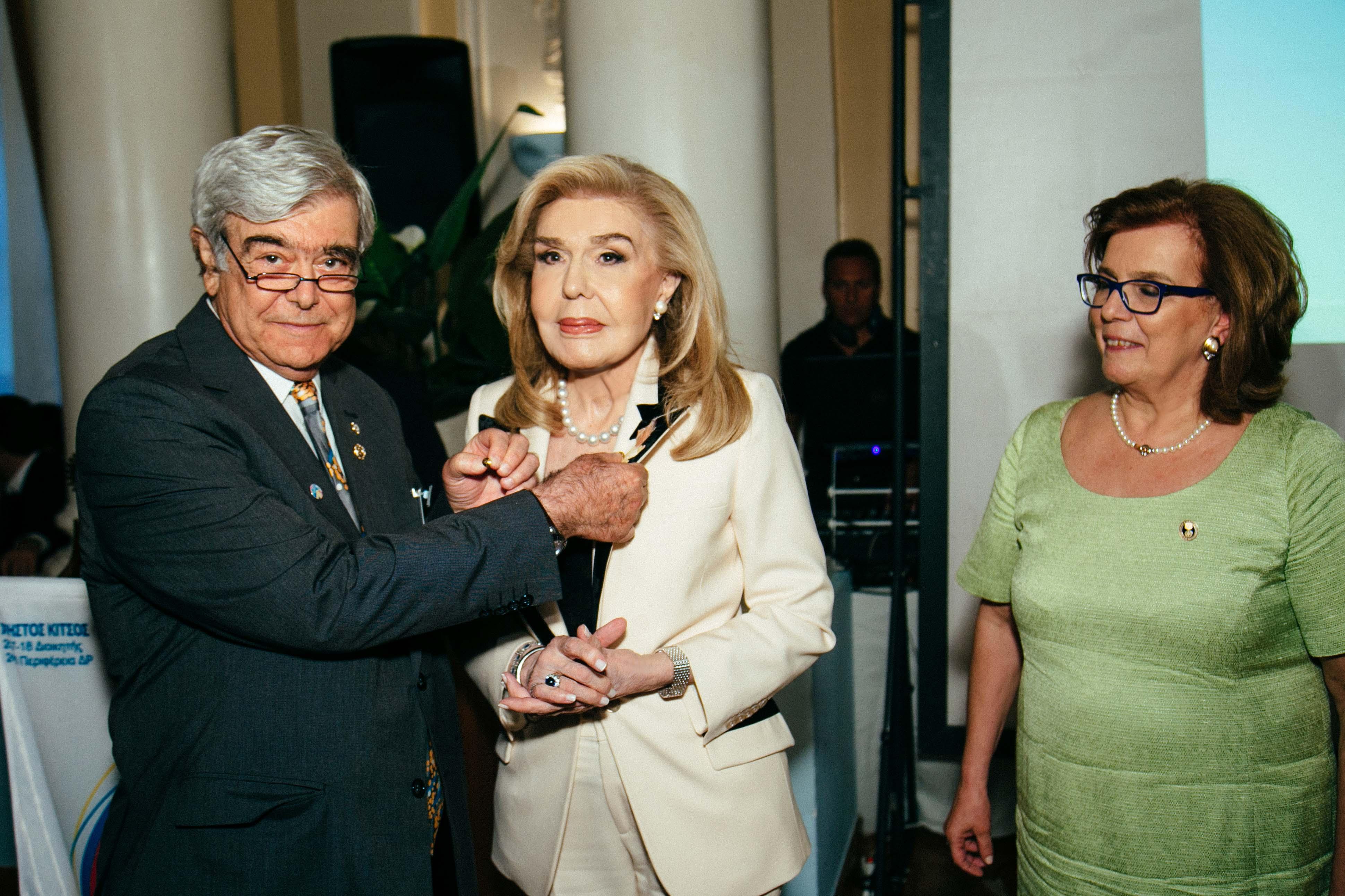 Η παγκόσμια οργάνωση Rotary τίμησε την Μαριάννα Βαρδινογιάννη | tlife.gr