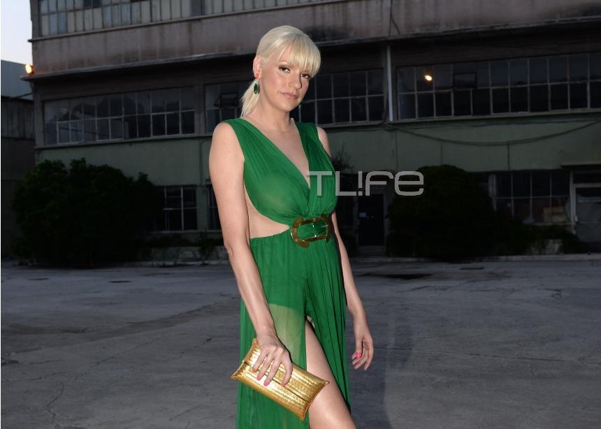 Σάσα Σταμάτη: Αποκαλυπτική εμφάνιση στο fashion show του Stelios Koudounaris! | tlife.gr