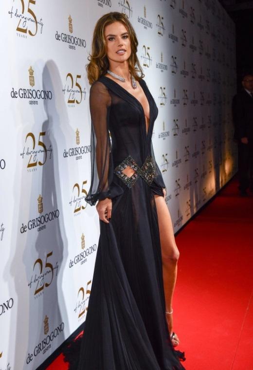 Η Alessandra Ambrosio με Roberto Cavalli | tlife.gr