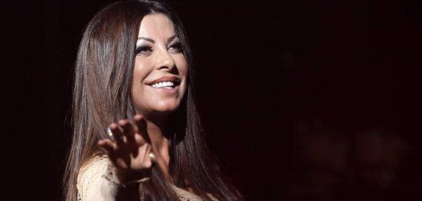 To απολαυστικό βίντεο της ημέρας! Η Άντζελα Δημητρίου παίζει Νintendo κι ερμηνεύει ταυτόχρονα τραγούδι της!   tlife.gr
