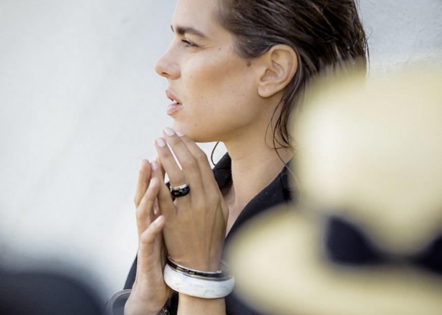 Charlotte Casiraghi: Η κόρη της Καρολίνας του Μονακό σχεδιάζει… πριγκιπικά κοσμήματα   tlife.gr