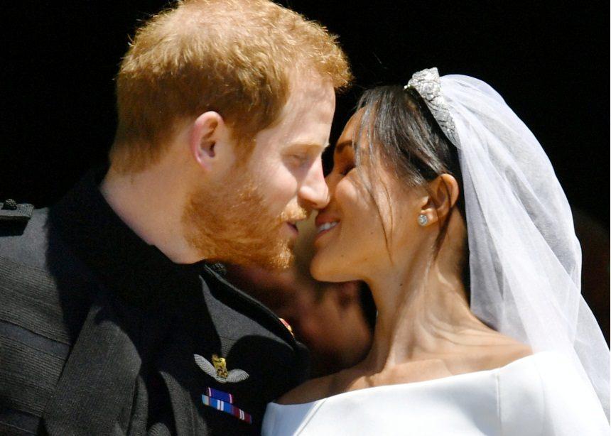 Πρίγκιπας Harry – Meghan Markle: To album του ρομαντικού πριγκιπικού γάμου τους! | tlife.gr