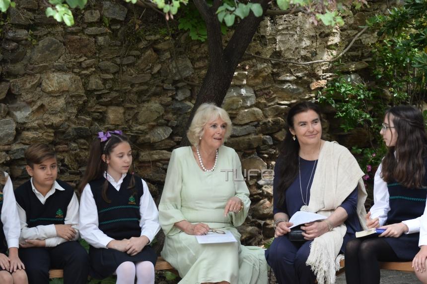 Η επίσκεψη της Καμίλα στην Μονή Καισαριανής και ο Χάρι Πότερ! [pics] | tlife.gr