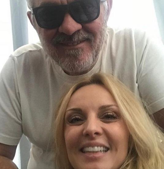Γιώργος Λύρας – Πέγκυ Ζήνα: Ξετρελαμένοι με την κόρη τους! [pics,vids] | tlife.gr