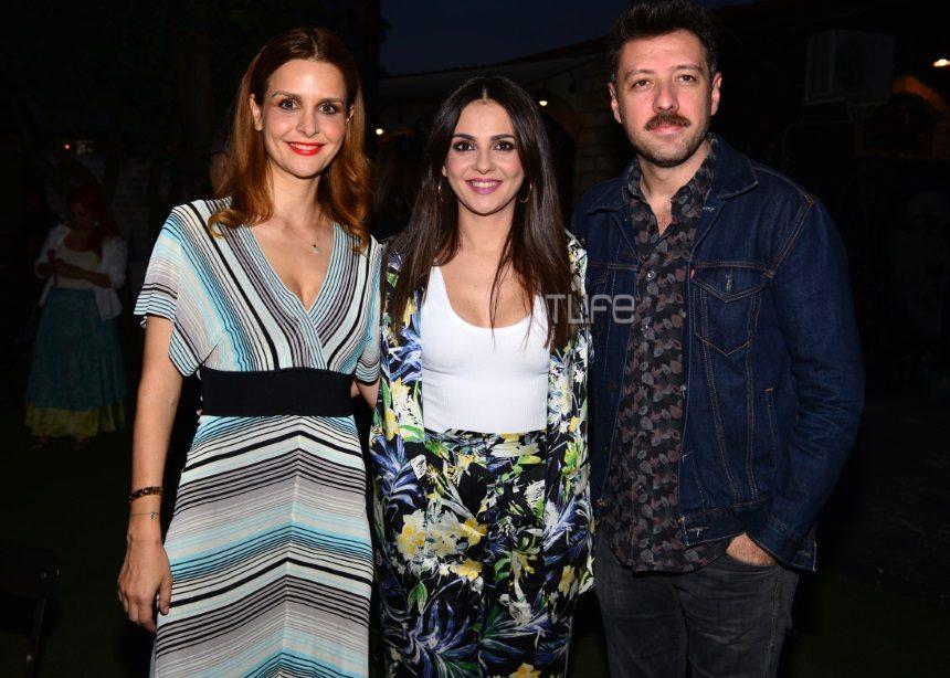 Το party της παράστασης «Ο φίλος μου ο Λευτεράκης» και του μουστάκι του Μάνου Παπαγιάννη | tlife.gr