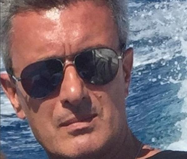 Nίκος Χατζηνικολάου: Ανυπομονεί να ξανακολυμπήσει με τα παιδιά του στη Χαλκιδική! [pic] | tlife.gr