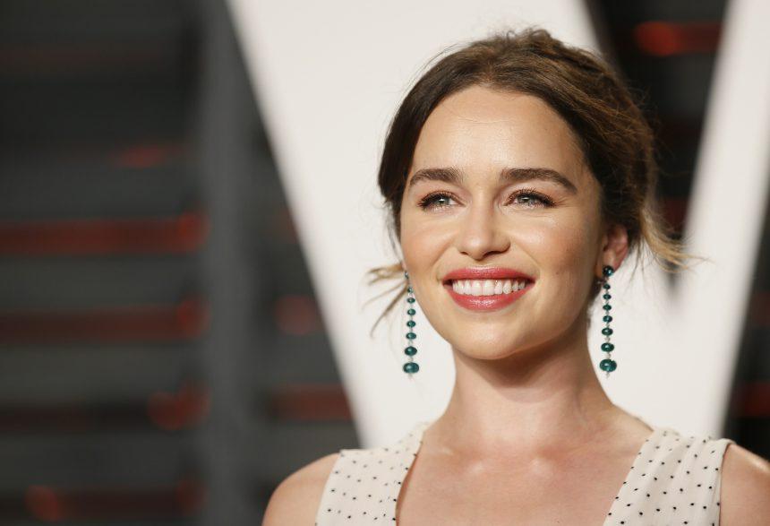 Emilia Clarke: «Αμείβομαι το ίδιο με τους άντρες ηθοποιούς» | tlife.gr