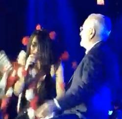 Ιβάν Σαββίδης: Δεκάδες πανέρια λουλούδια για χάρη της Πάολα, στο γλέντι για τη νίκη του ΠΑΟΚ! Βίντεο | tlife.gr