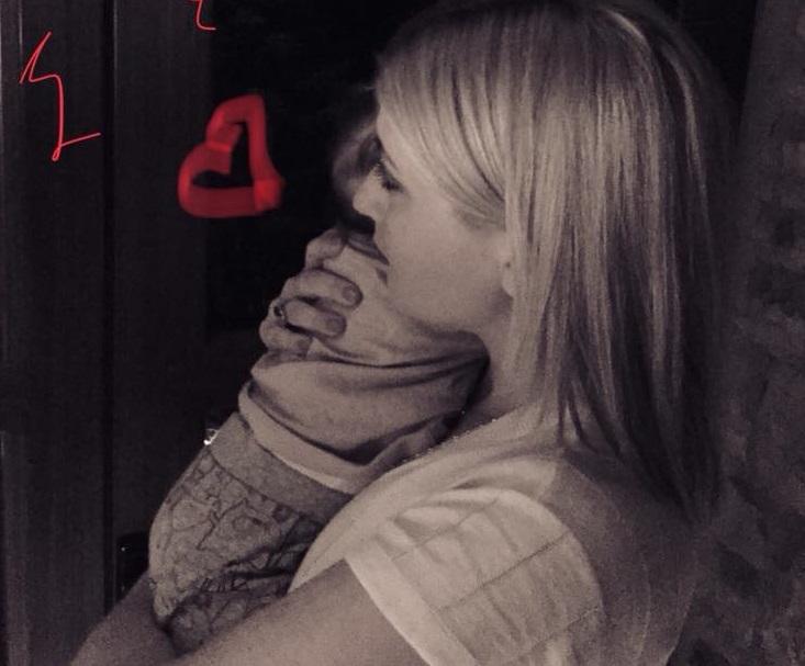 Σία Κοσιώνη: Η φωτογραφία με τον 7 μηνών γιο της και το δώρο που της έκανε!