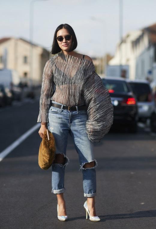 Παρίσι με boyfriend jeans   tlife.gr