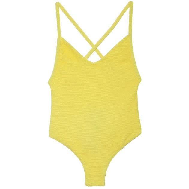 Beachwear. Μαγιό και ρούχα για την παραλία ώστε να είσαι απόλυτα στιλάτη  πάντα!Δες τις προτάσεις μας. af77852146d