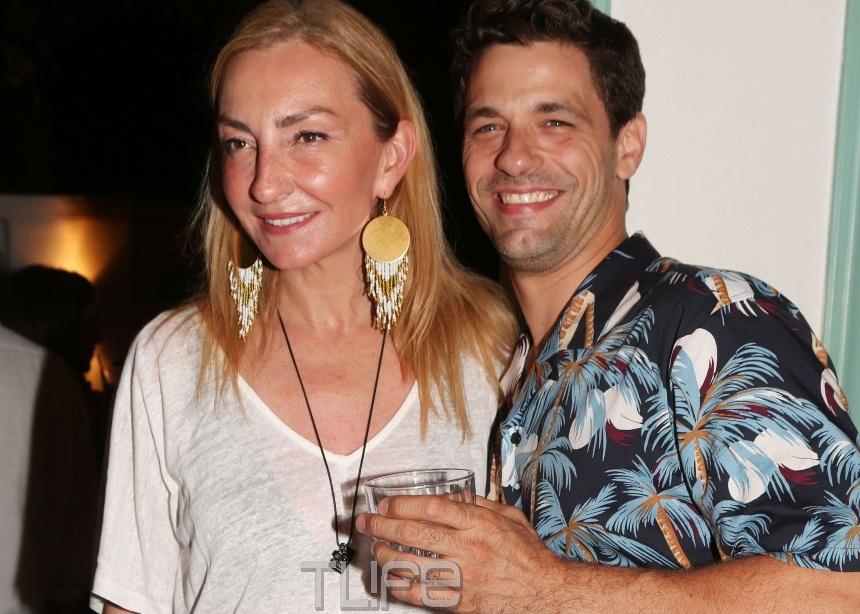 Αποστόλης Τότσικας – Ρούλα Ρέβη: Τα «έσπασαν» στο πάρτι της σειράς «Παρθένα Ζωή»! [pics] | tlife.gr
