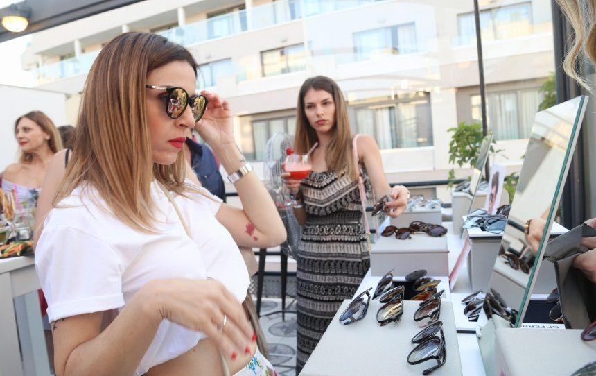 Οι διάσημοι επιλέγουν γυαλιά ηλίου για το φετινό καλοκαίρι! [pics]   tlife.gr