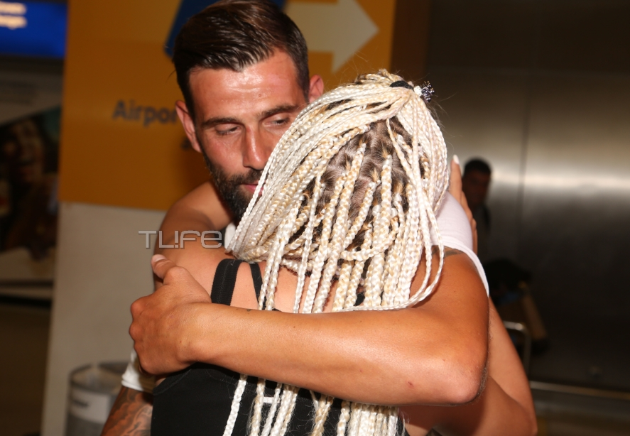 Survivor: Αγνώριστος επέστρεψε από τον Άγιο Δομίνικο ο Μιχάλης Μουρούτσος – Η συγκίνηση και η αγκαλιά με την Λάουρα! [pics] | tlife.gr