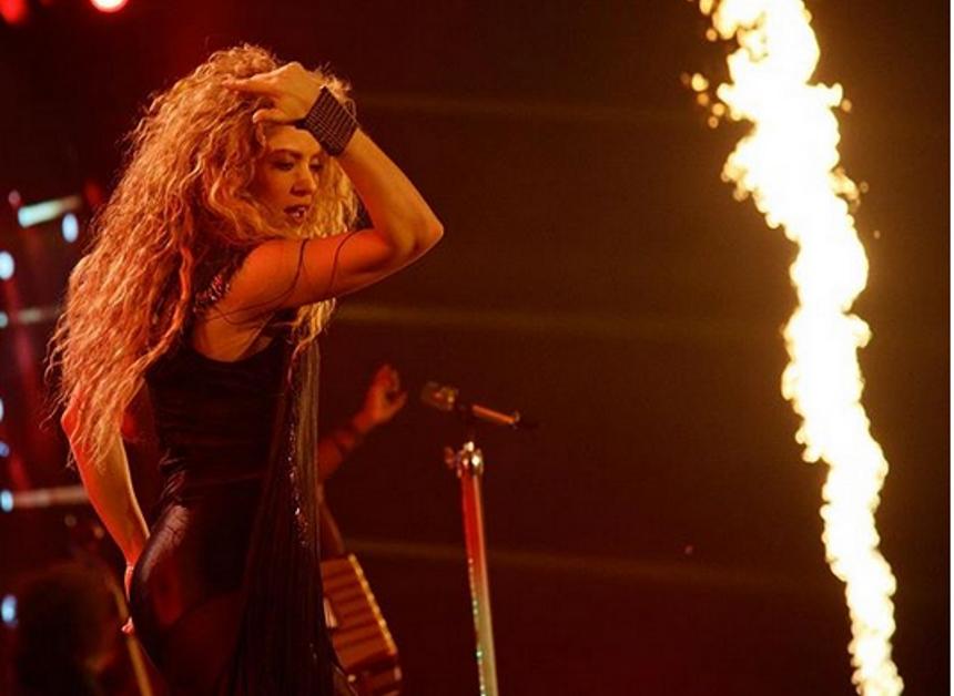 Shakira: Ξετρέλανε τον Gerard Pique με τον χορό της! [vid] | tlife.gr