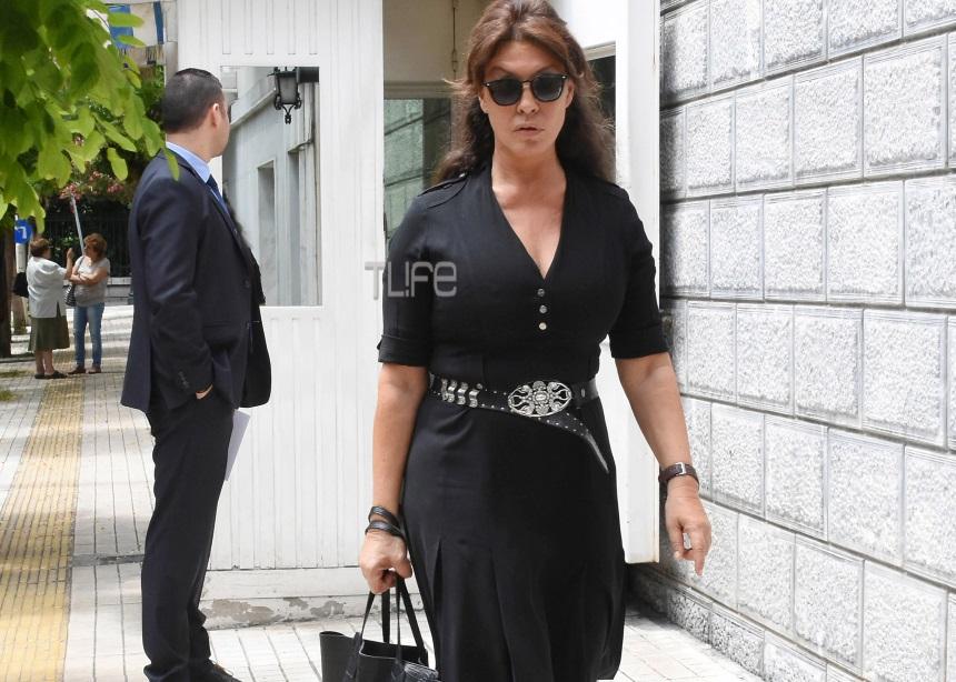 Βάνα Μπάρμπα: Οι επαφές με την κυβέρνηση και η βόλτα στου Μαξίμου [pics] | tlife.gr