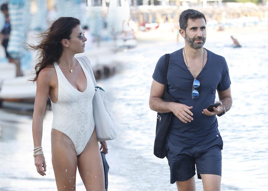 Μαρίνα Βερνίκου – Μίλτος Καμπουρίδης: Απόδραση με το σκάφος στην Μύκονο! [pics]   tlife.gr