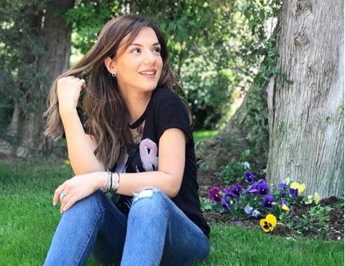 Η Βάσω Λασκαράκη άλλαξε look στα μαλλιά και δηλώνει χαρούμενη για τη νέα αρχή στη ζωή της! [pics]   tlife.gr