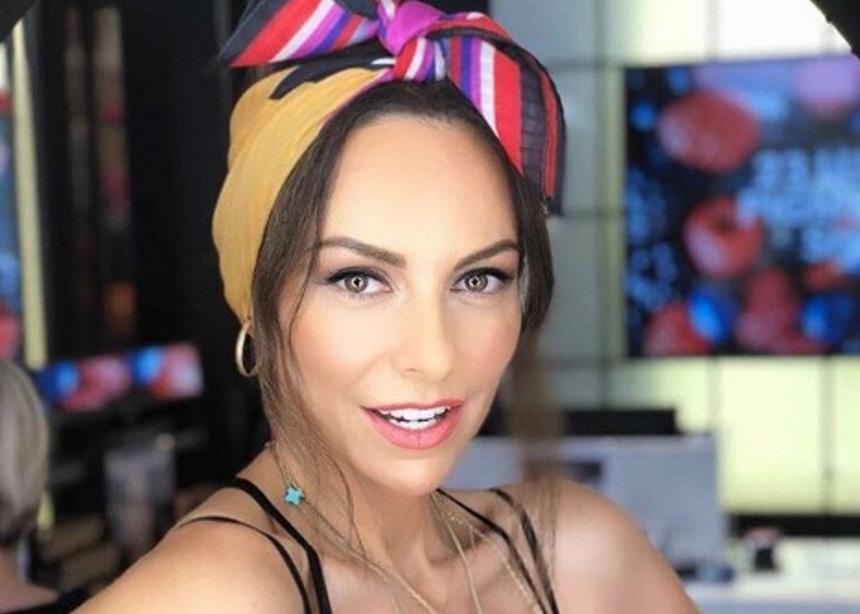Μπέττυ Μαγγίρα: Μιμείται την Φουρέιρα, χορεύοντας το Fuego και «ρίχνει» το Instagram! Video | tlife.gr