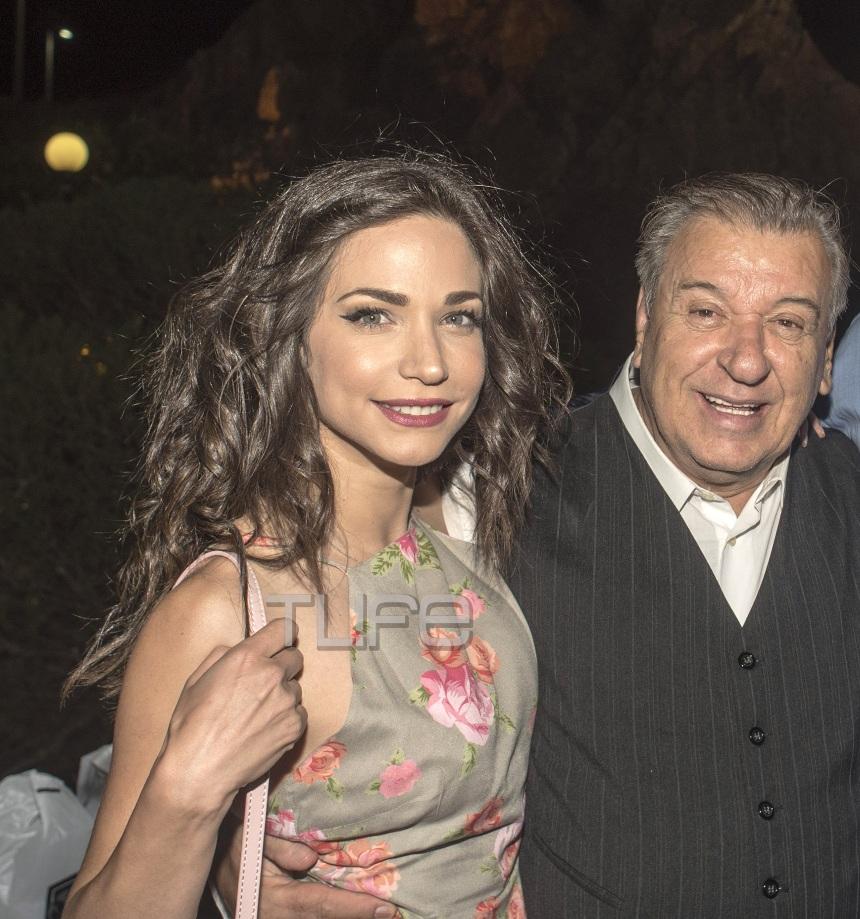 Κατερίνα Γερονικολού: Ποιος γοητευτικός άνδρας τη συνόδευσε στην πρεμιέρα της Μαντάμ Σουσού! [pics] | tlife.gr