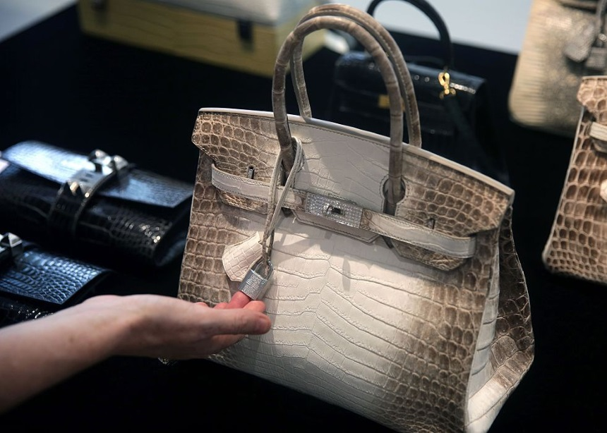 """Δεν θα πιστεύεις την τιμή πώλησης αυτής της Hermès Birkin (hint: """"έσπασε"""" το ευρωπαϊκό ρεκόρ)   tlife.gr"""