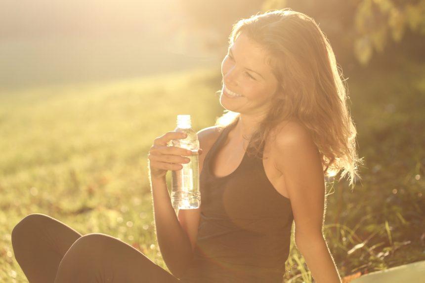 Έξυπνα tricks για να θυμάσαι να πίνεις νερό! | tlife.gr