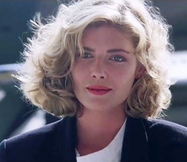 Αγνώριστη στα 60 της η πρωταγωνίστρια του θρυλικού Top Gun! [pics] | tlife.gr