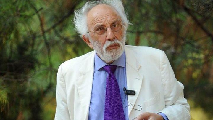 Αλέξανδρος Λυκουρέζος: Διαψεύδει την εσπευσμένη εισαγωγή του στο νοσοκομείο – Η επίσημη ανακοίνωσή του | tlife.gr