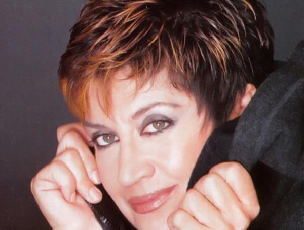 Πού χάθηκε η τραγουδίστρια Λίτσα Διαμάντη; | tlife.gr
