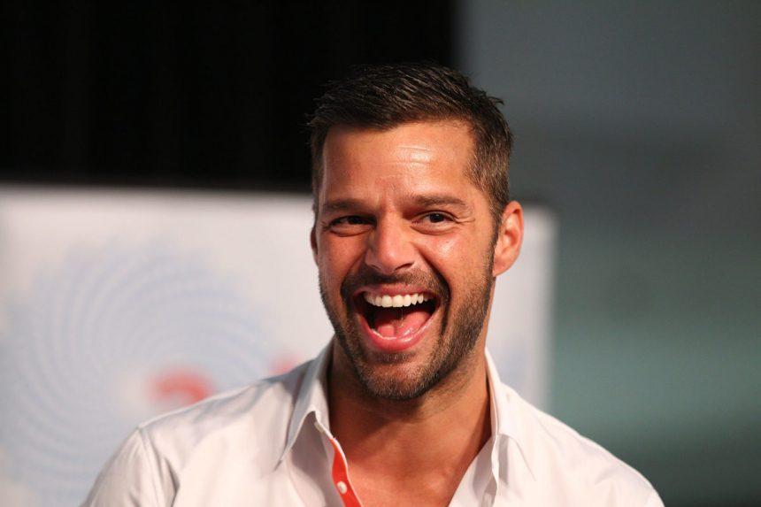 Ricky Martin: «Οι γιοι μου είναι μικροί, αλλά εύχομαι να είναι ομοφυλόφιλοι»!   tlife.gr