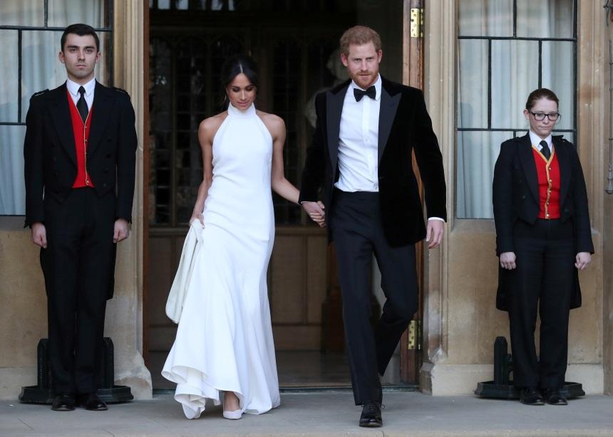 Η Meghan Markle φόρεσε ξανά τις γαμήλιες γόβες της. Συμφωνείς; | tlife.gr