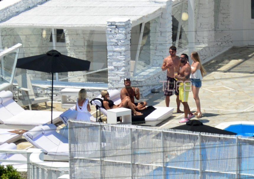 Ο Γιώργος Αγγελόπουλος κάνει μπάνιο με τον Μπο στην πισίνα λίγο πριν το γάμο του Χρανιώτη! Αποκλειστικές φωτογραφίες | tlife.gr